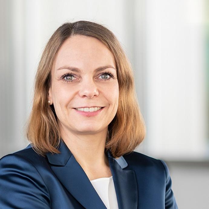 Dr. Claudia Unterberger